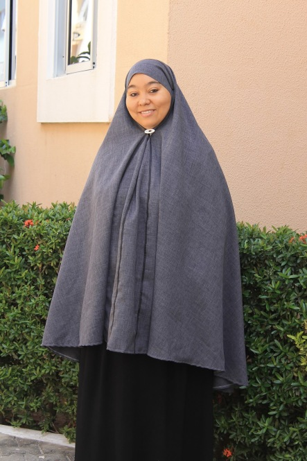 https://vivimetaliun.files.wordpress.com/2015/08/2184a-khimar001.jpg?w=444