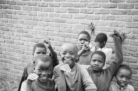 https://vivimetaliun.files.wordpress.com/2016/02/0fde1-suecia-e-apontado-como-o-melhor-pais-para-nascer-e-somalia-o-pior-69-461.jpg