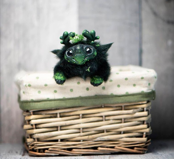 Casal cria adoráveis bonecos de Monstros com visual do outro mundo